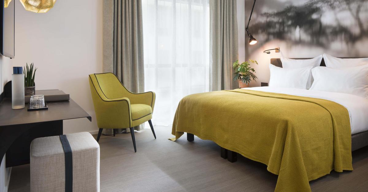 Hotel Les Deux Girafes Official Site Paris